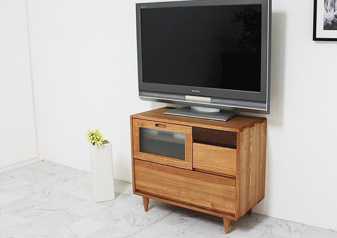 タモ材を使用したコンパクトサイズのTVボード
