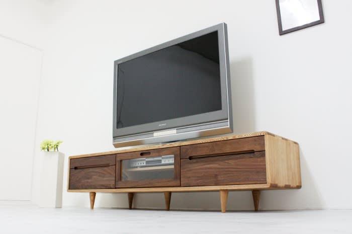 TVボードタモとウォールナットのツートンカラー