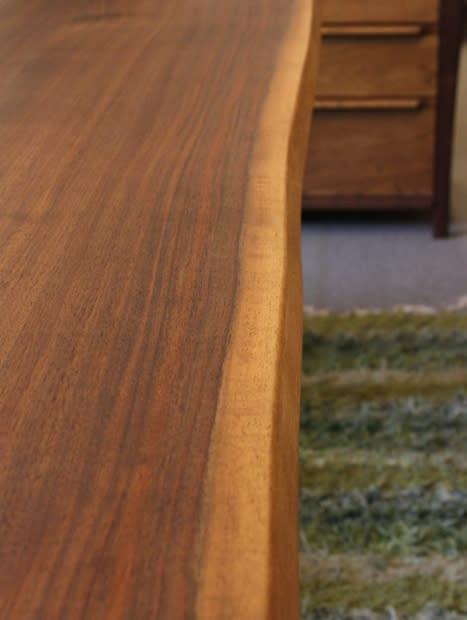 ダイニングテーブル木目